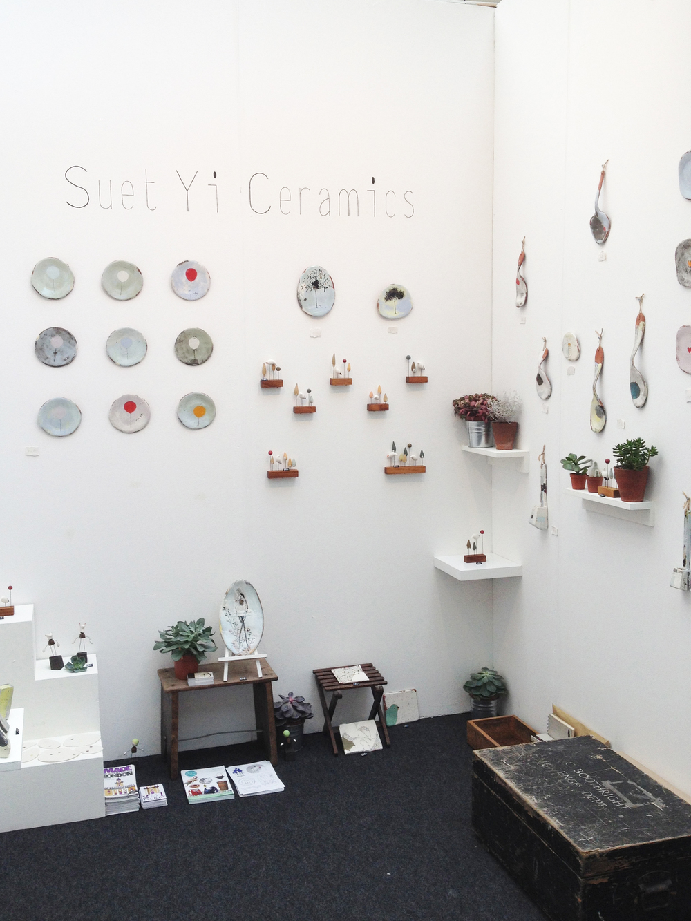 Suet Yi Ceramics Suet Yi graduated in the year above me and her colourful ceramics have always fascinated me... I'm developing quite a collection!