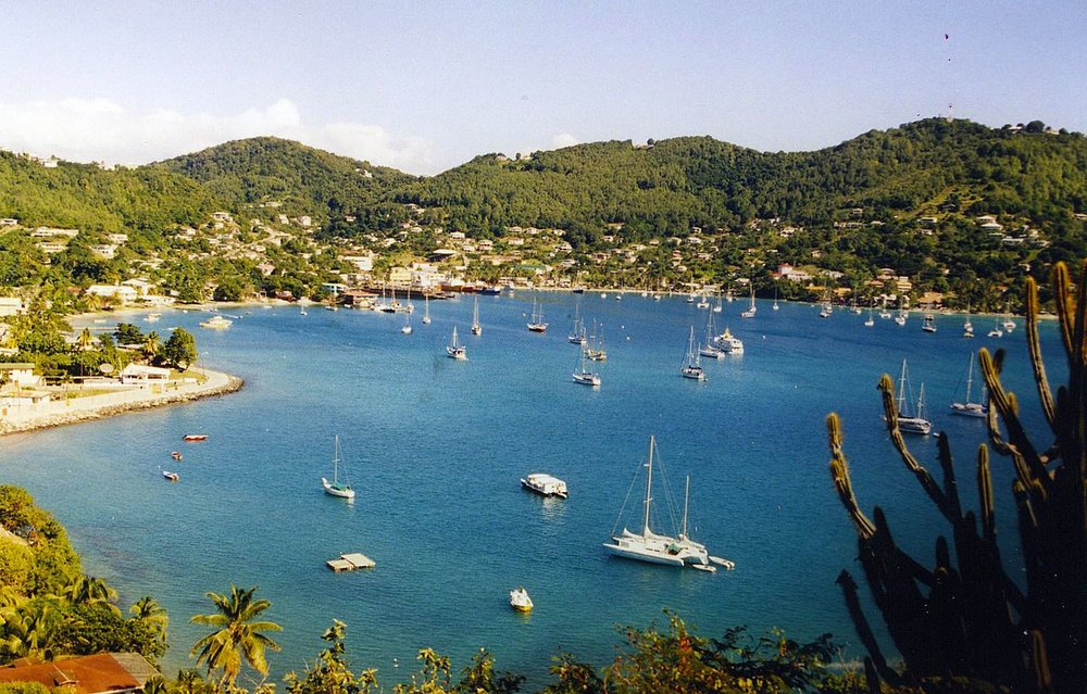 Admiralty_Bay,_Port_Elizabeth,_Bequia,_St_Vincent_and_the_Grenadines_-_panoramio.jpg