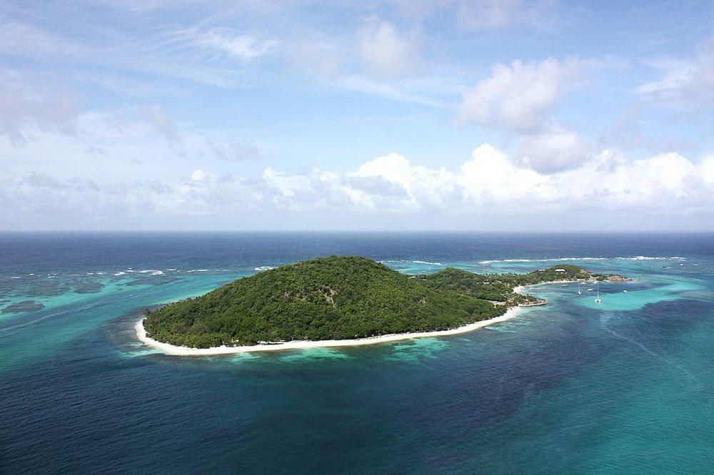 Petit_St._Vincent_Island_Resort_-_The_Grenadines,_St._Vincent,_Caribbean..jpg