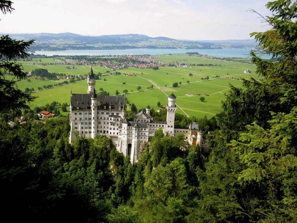 DAY 3:HIKIN' BIKIN' & CASTELIN' - SATURDAYFÜSSEN to MUNICHApprox 4 hours hiking & bikingApprox 1.5 hour transit