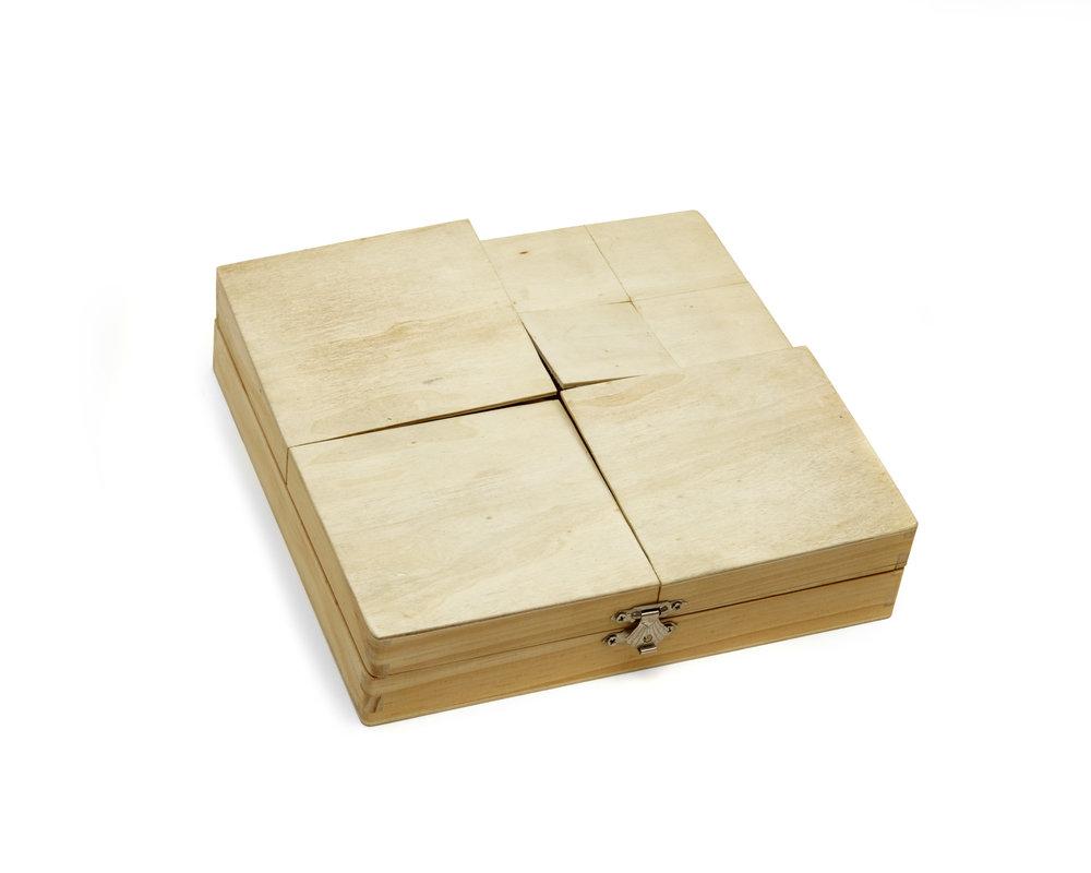 TOP BOX