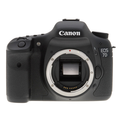 Canon 7d - Body - 2 batteries - 2 cartes CF 32Gb 50$/60$/150$