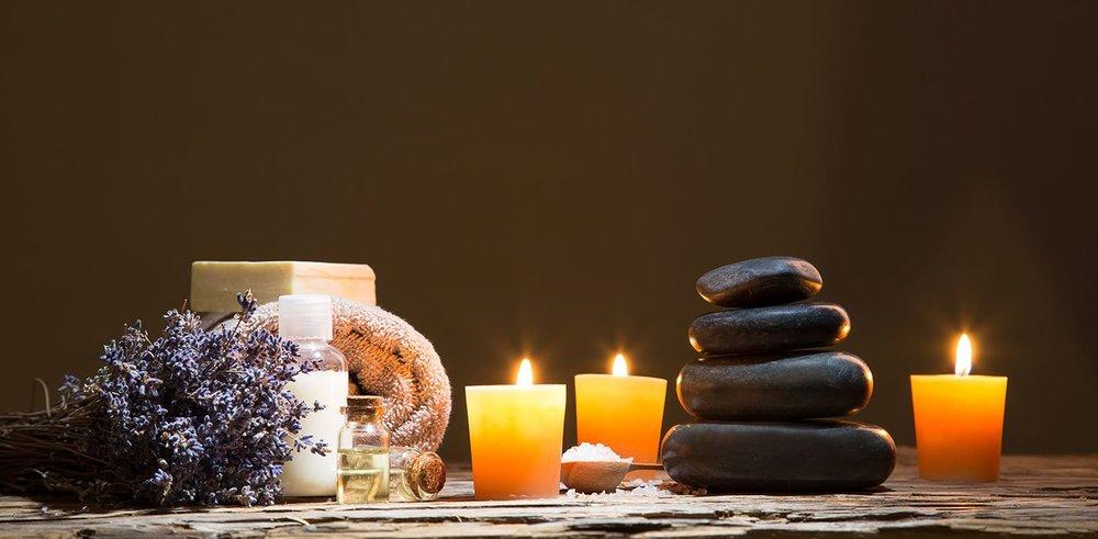 salus-massage-still-life-78078207.jpg