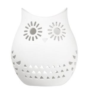 Vit ljuslykta i keramik  från Lagerhaus, 129 kr.