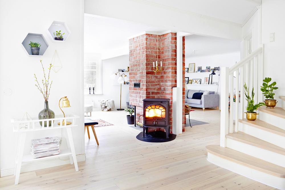 Innan Josefin och Andreas renoverade huset, var golvet i ekparkett.
