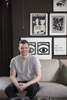 Andreas vill att hans hem ska kännas lite som en trivsam hotellobby.