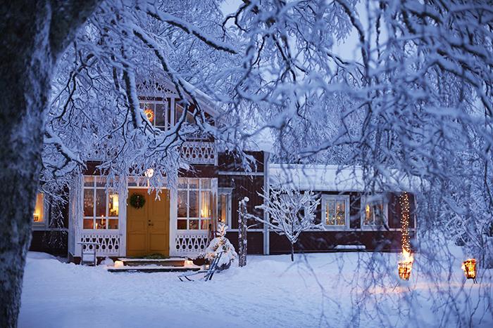Jul_snö_stämning_idyll_Piteå_72dpi.jpg