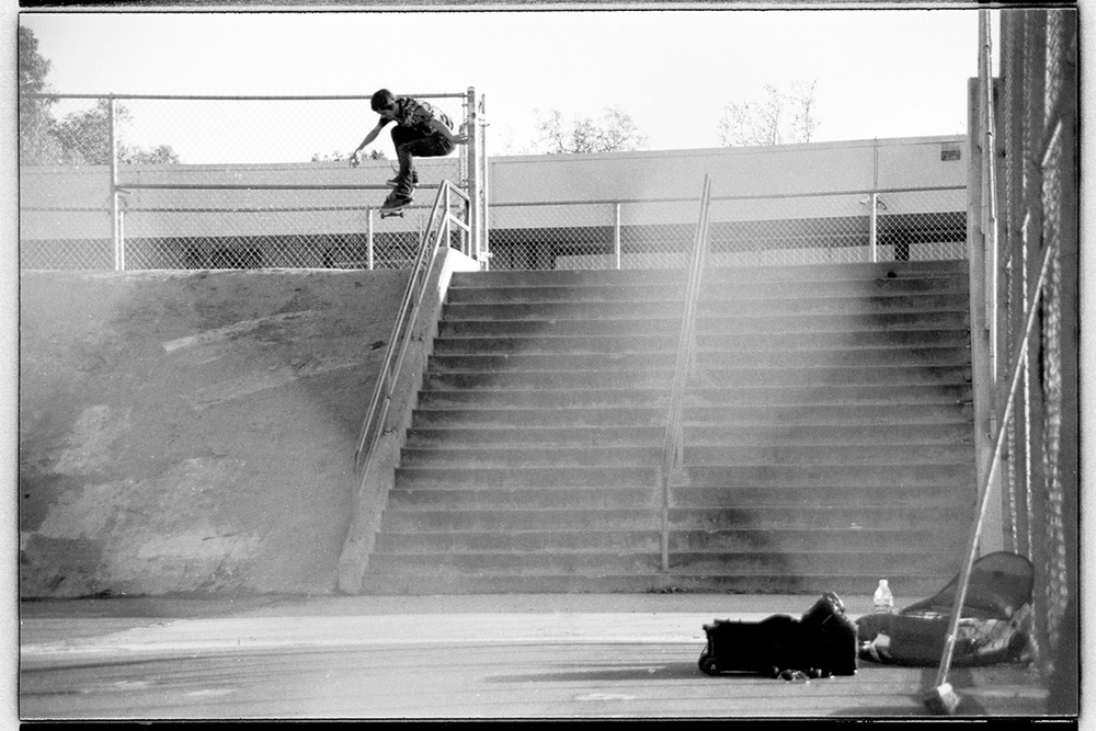 Geoff Rowley Pop shove it over the rail, San Diego, 2007