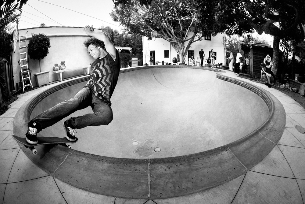 Mikael Ahtikari taking instapic of Eero Ettala Fs rocking Arto Saari's pool, Los Angeles, 2012