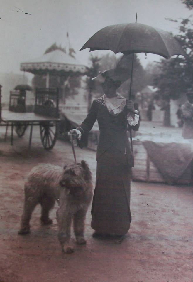 Expo Canine May 22, 1912 Jardin des Tuileries, Paris.jpg