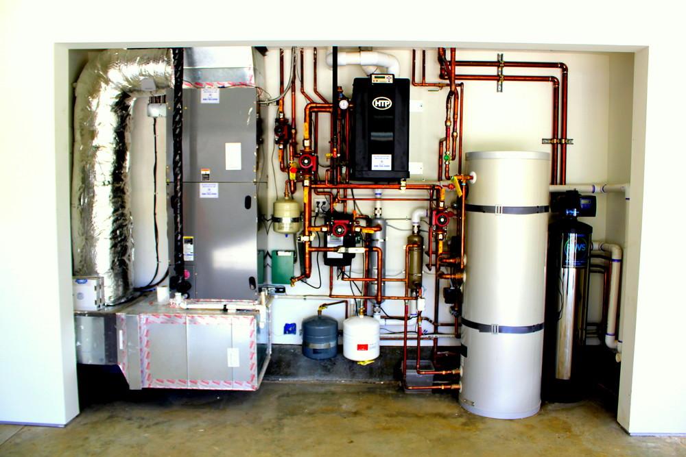 Kline 39 s kustom heating air inc for Room heating systems