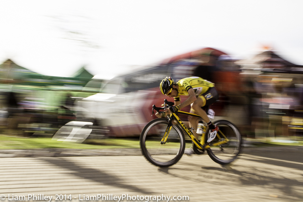 MTN Jacques Van Rensburg - head down at the crit.jpg
