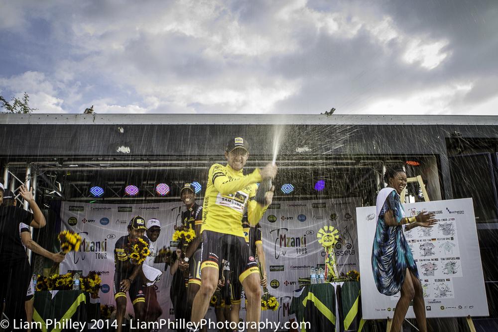 MTN-Qhubeka win Mzansi Tour - team champagne_.jpg