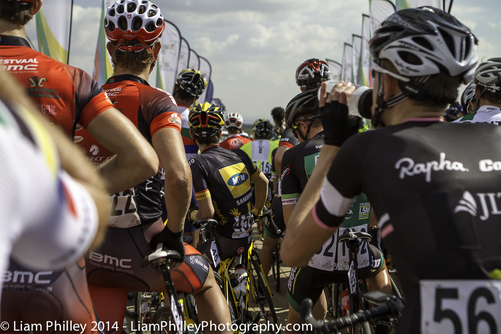 teams at start line of crit-2.jpg