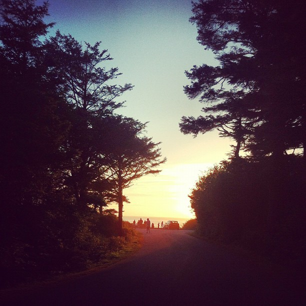 pnw-camping-pacific-ocean-sunset_7917069266_o.jpg