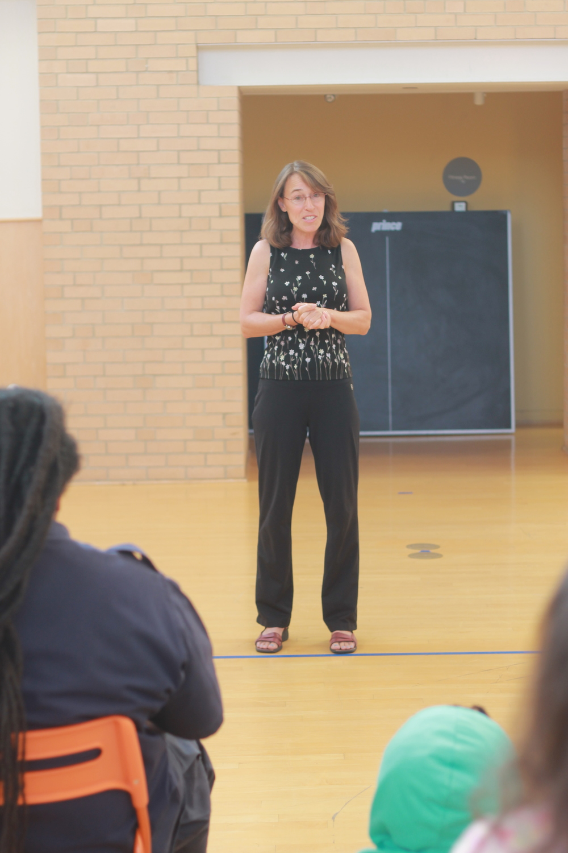 Volunteer, Jen Wofford