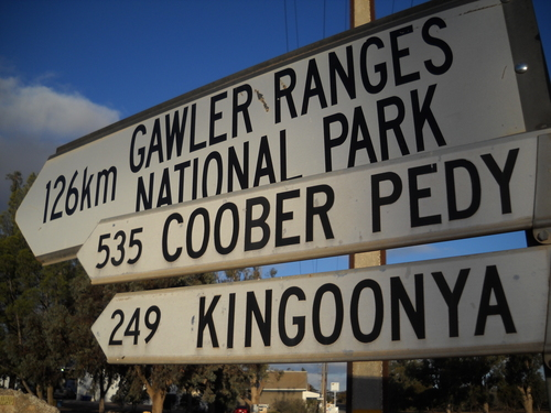 0525+-+wirulla+-+distance+marker+including+coober+pedy.jpg