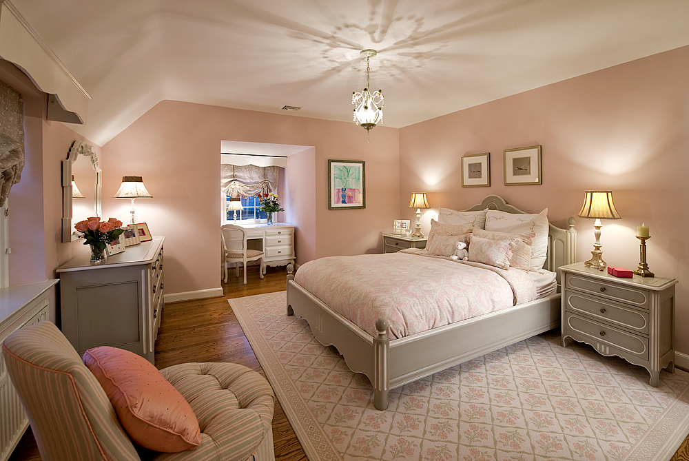 ORourke_Wynnewood_GirlsPink Bedroom.jpg
