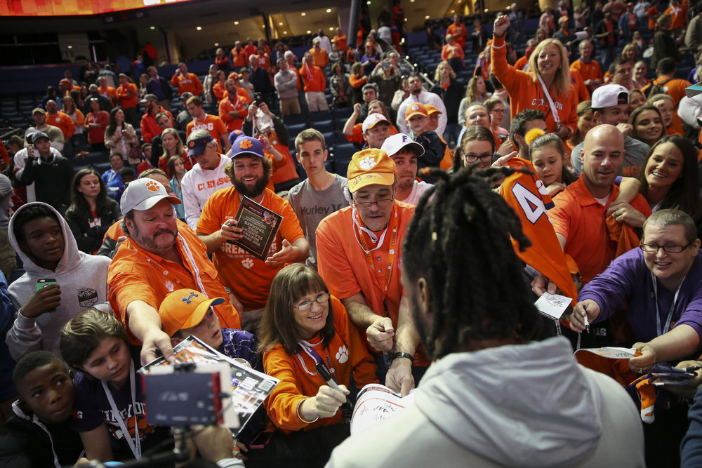 Clemson Tigers wide receiver Mike Williams (7) signs autographs during the College Football Playoff Media Day at Amalie Arena on Saturday January 7, 2017, in downtown Tampa, Fla. The Alabama Crimson Tide will take on the Clemson Tigers in the National Championship on Monday, January 9, 2017.