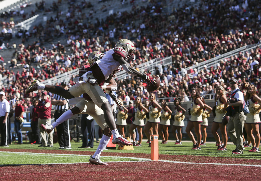 Florida State Seminoles pass to Da'Vante Phillips (5) is incomplete during the second half of the Garnet and Gold spring game at Doak Campbell Stadium in Tallahassee, Florida on Saturday April 8, 2017.