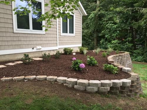 Landscape Timbers Mccoys : Advantage landscape lawn care