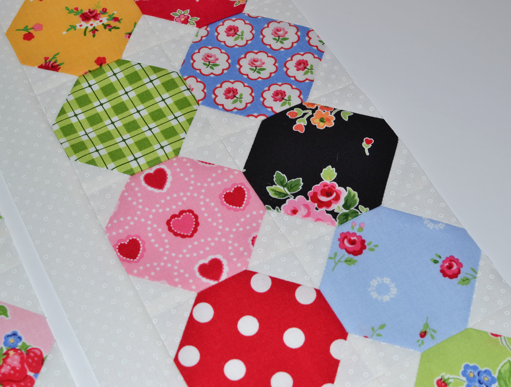 quilty fun honeycombs 19.JPG