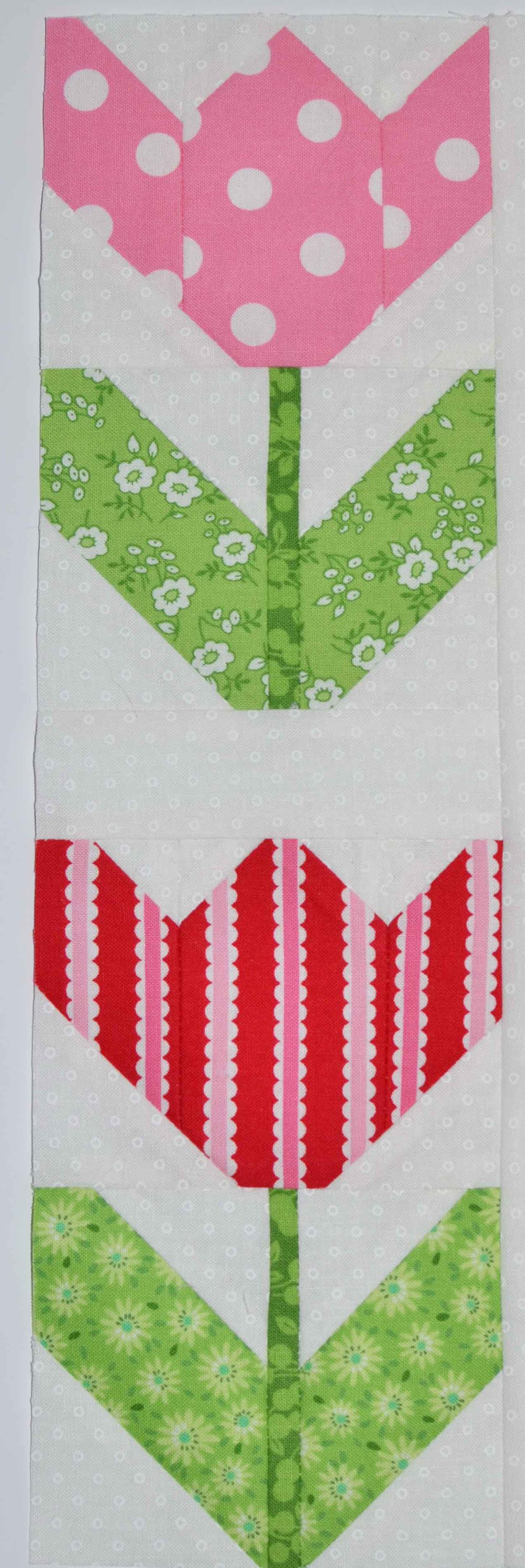 quilty fun spring tulips 014.JPG