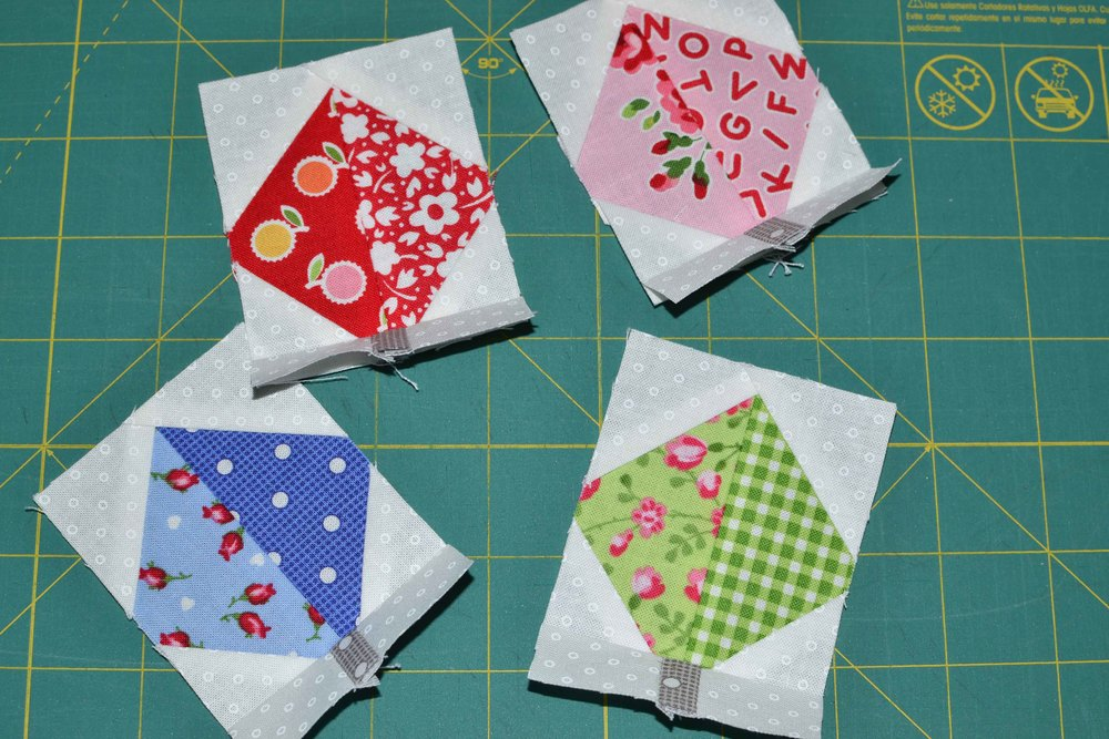 quilty fun falling leaves 005.JPG