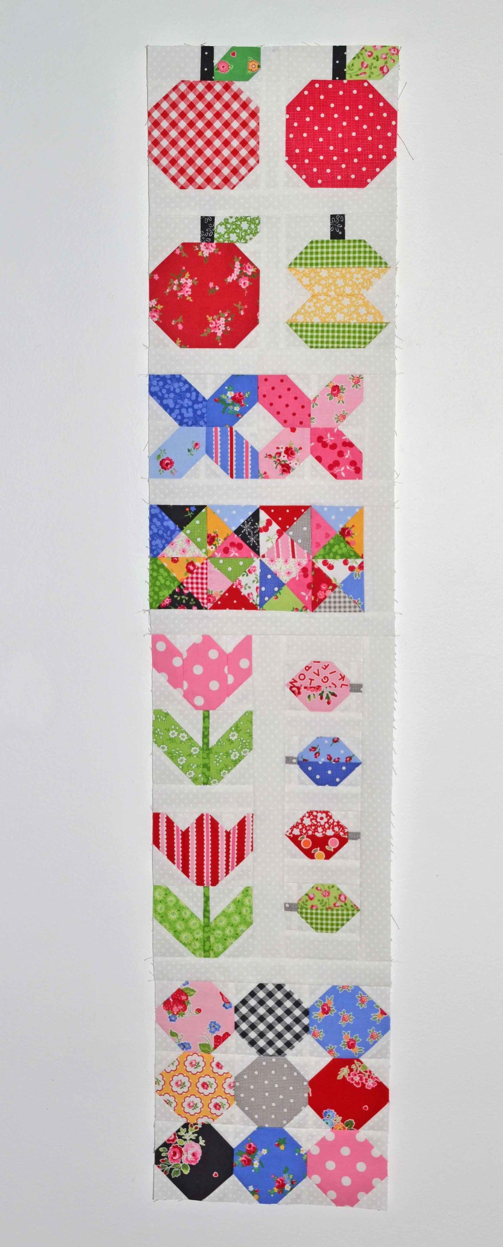 quilty fun left row 005.JPG