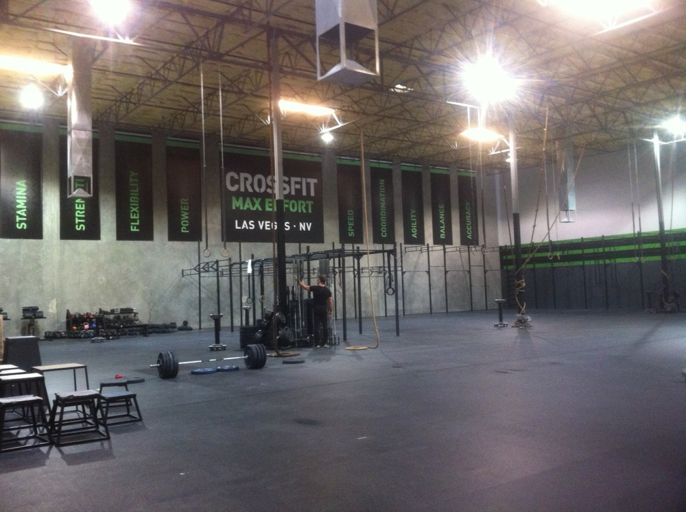 Picture courtesy of Keeley while on a trip in Las Vegas, NV. This gym is just slightly larger than ours. Keeley got his workouts in while in VEGAS...that's dedication.
