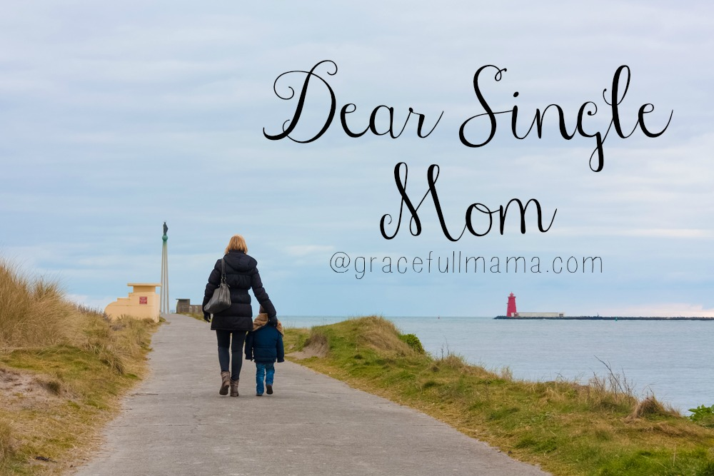 Dear Single Mom letter from  GracefullMama.com