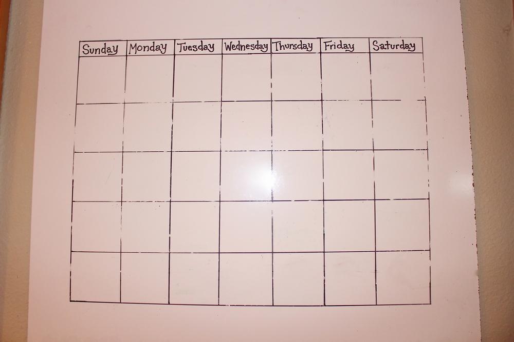 DIY dry erase family calendar calendrier feutre