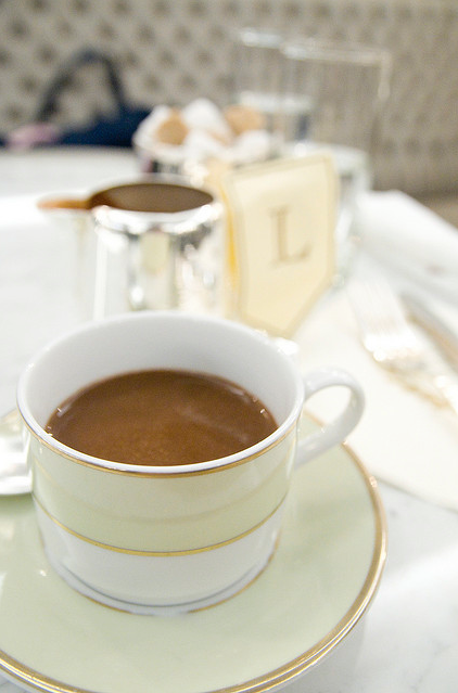 Chocolat chaud by Yuichi Sakuraba