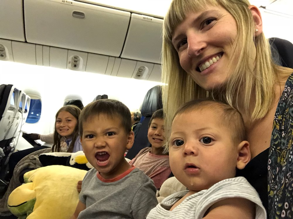 family flight travel air france single mom tips