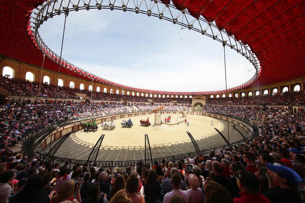 The show Signe du Triomphe in the Coliseum at Puy du fou (Photo courtesy Puy du Fou)