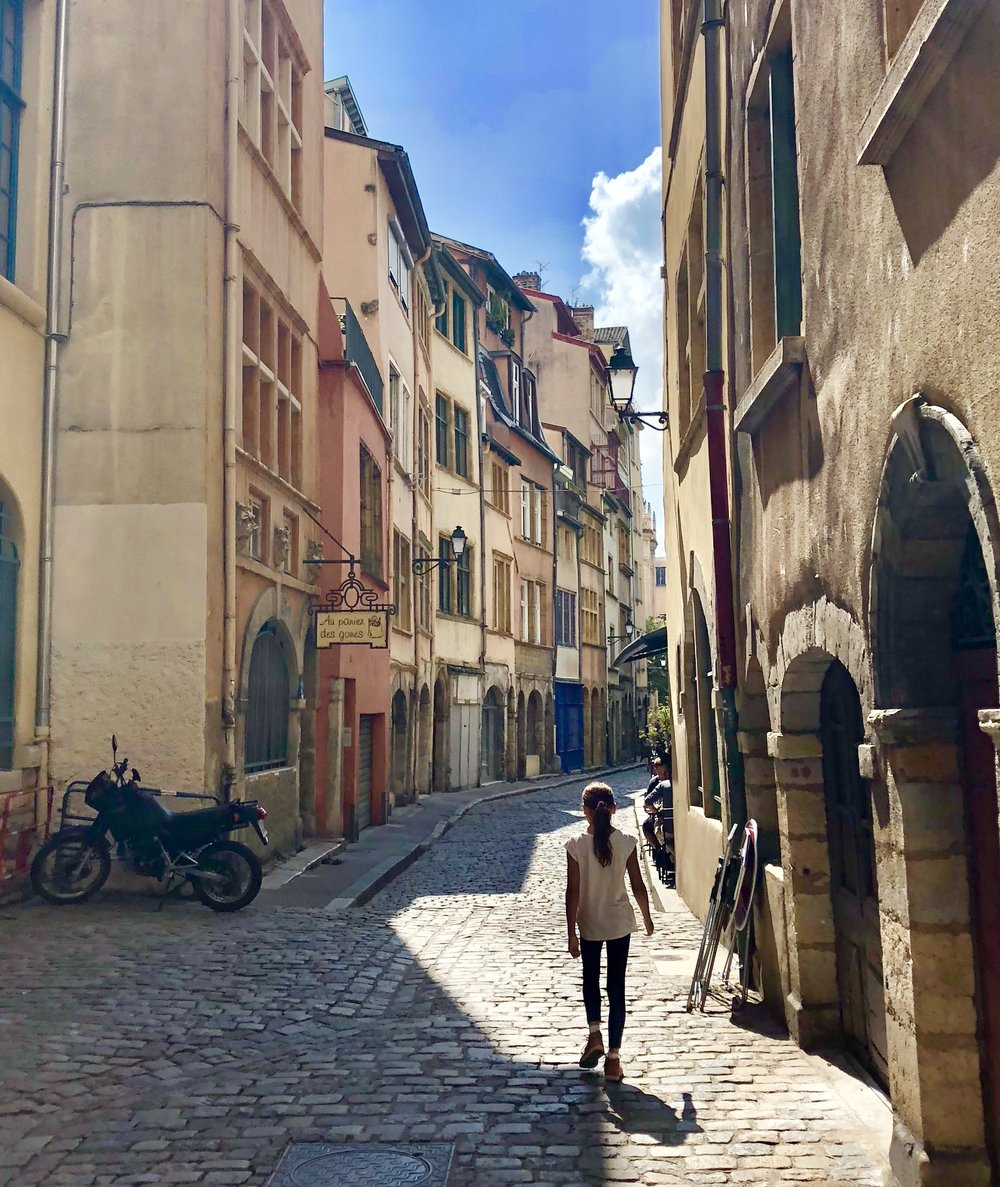 Vieux Lyon, Saint George neighborhood