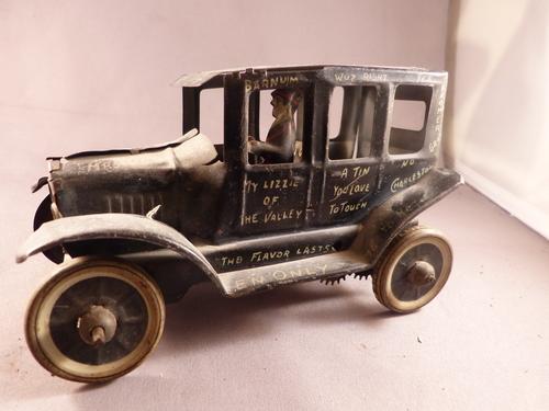Marx Tin Wind-Up Car