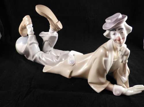 Lladro- Clown With Ball