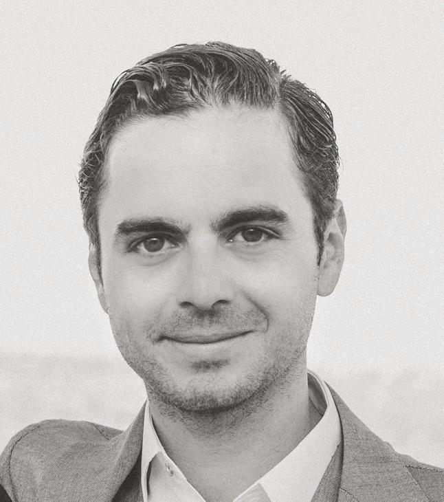 Konstantinos Maragkogiannis  Associate