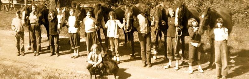 Doris Eddy and students.