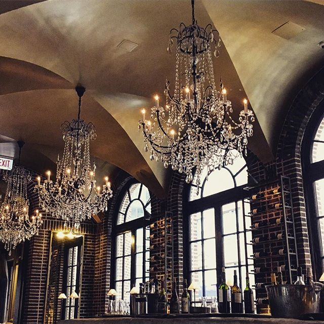 All the chandeliers . . . #RH #chandeliers #chandelier #interiors #design #atrium #goldcoast #chicago #il #travel #restorationhardware #crystal