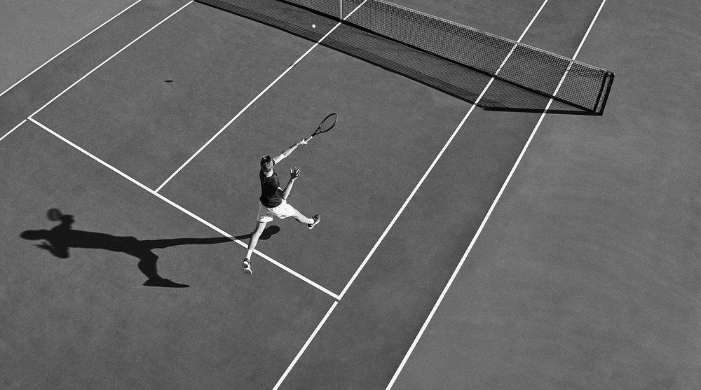 michael-scott-slosar-fitness-asics-tennis-purple-court-return-2017-010-BW.jpg