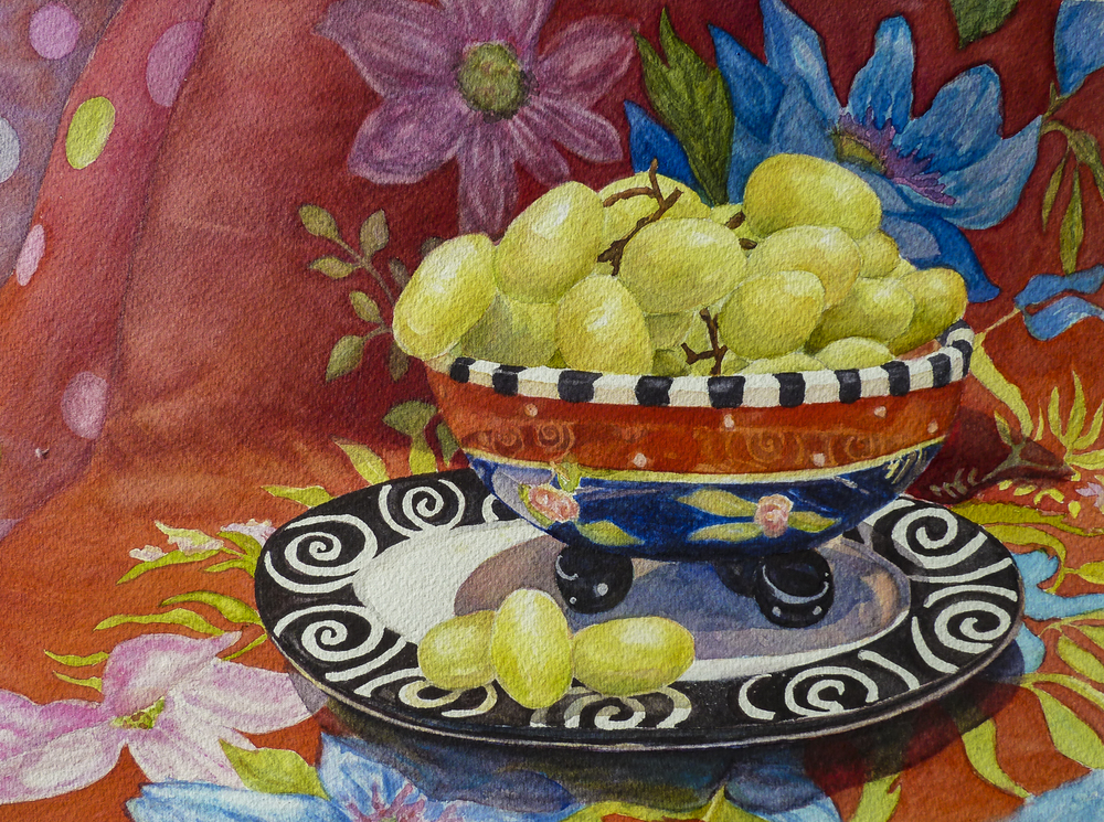 Grapes in a Funky Dish