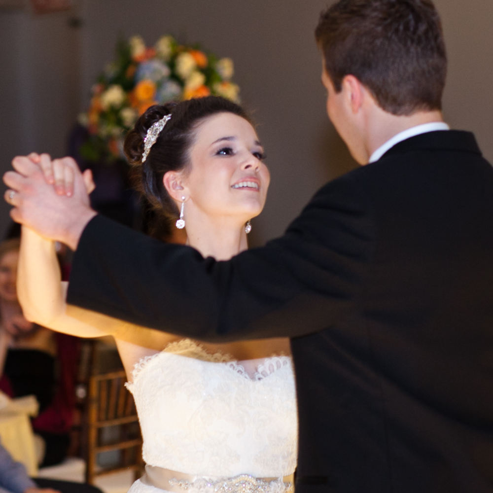 Ryan and Kim dancing at their Chicago wedding. Photo by Todd James Photography.