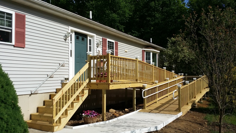 Handicap Ramp with RDI ADA Railings