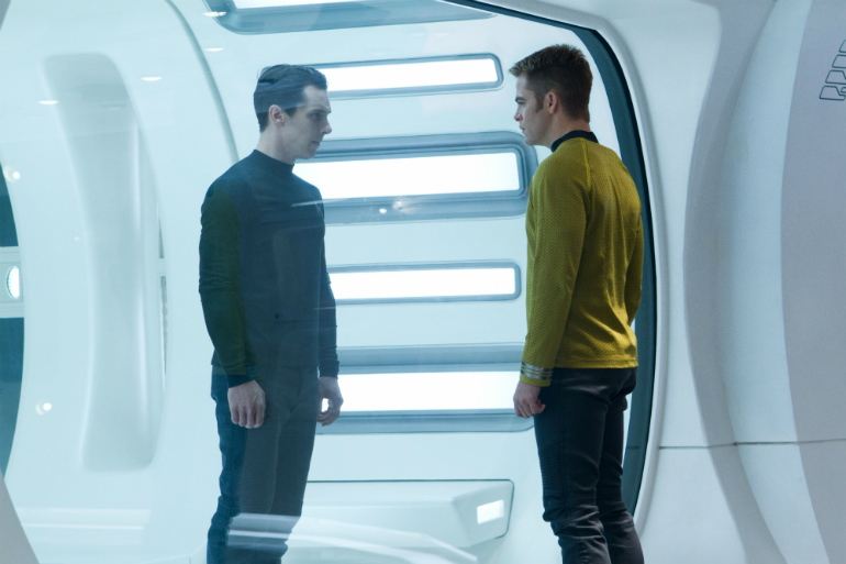 star-trek-into-darkness-benedict-cumberbatch-chris-pine.jpg