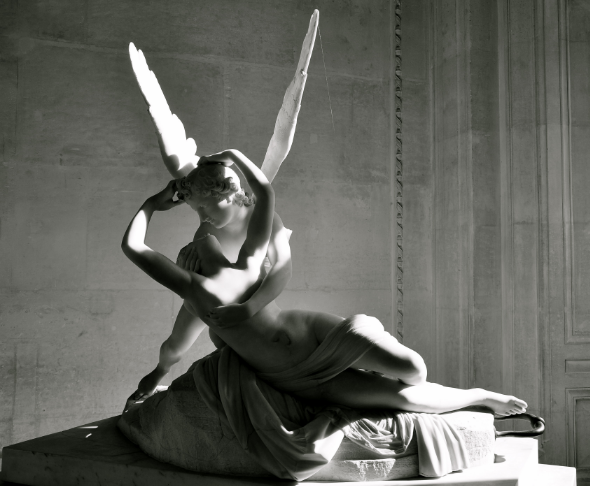 Antonio Canova 's sculpture   Psyche Revived by Cupid's Kiss