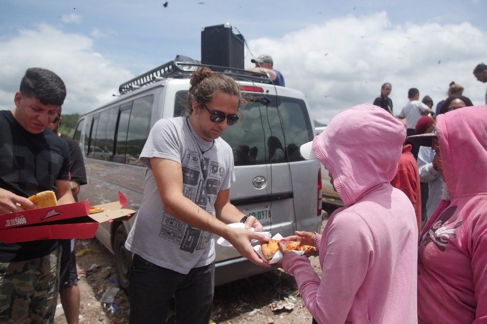 Feeding and clothing the people who live inside the biggest trash dumps of Tegucigalpa