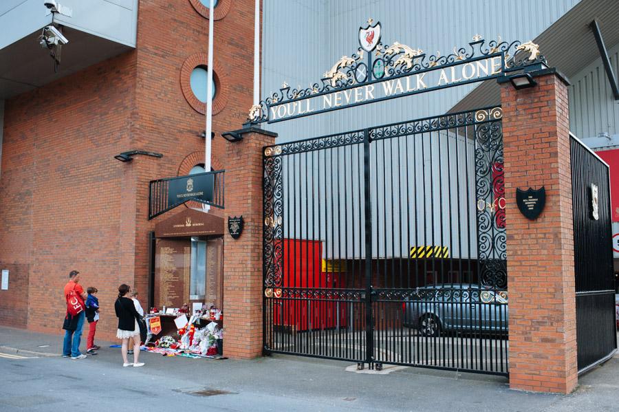 Liverpool, Anfield-13.jpg