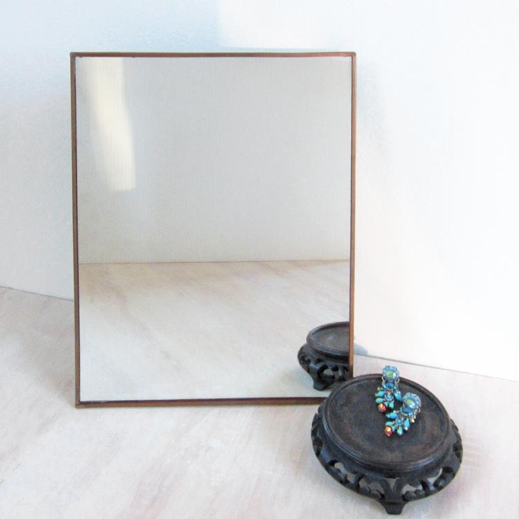 copper-framed_easel_mirror-1.jpg